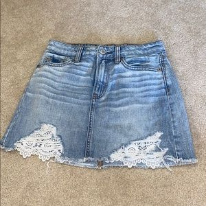 00 women's american eagle jean skirt with lace